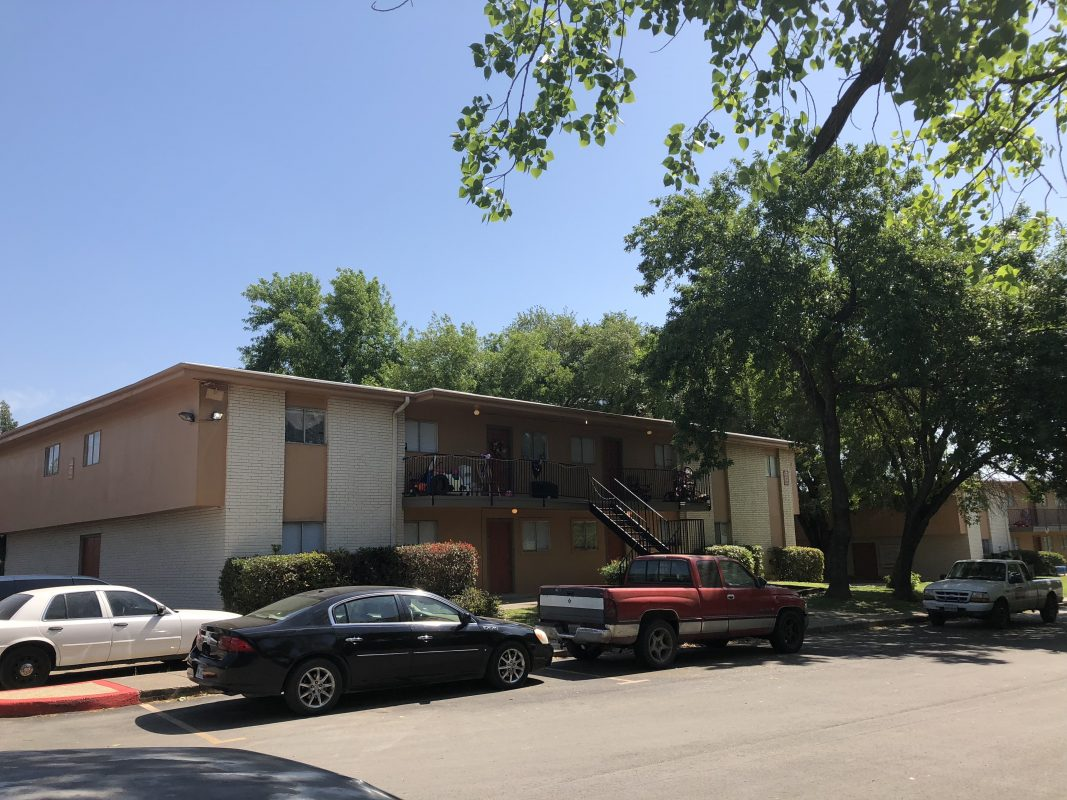 Leases Under 300 >> The Park on Bandera Apartments in San Antonio Texas